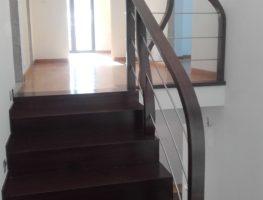 korytarz-schody